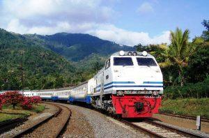 Jour 3:  Yogyakarta – Train – Jombang – Bromo