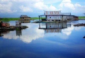 Jour 2: Lac Tempe – Rantepao/Tana Toraja