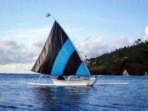 Jour 5: Amed – Balade en pirogue – Plongee de surface